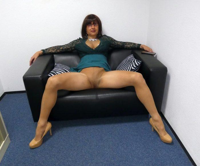 Crossdresser cock under tan tights.